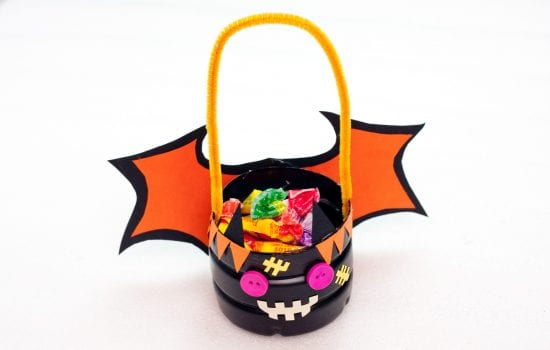 Halloween DIY Craft: Trick or Treat Basket